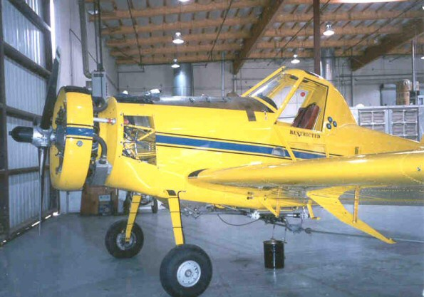 Air Tractor 401 before removal of P&W R-1340 Engine